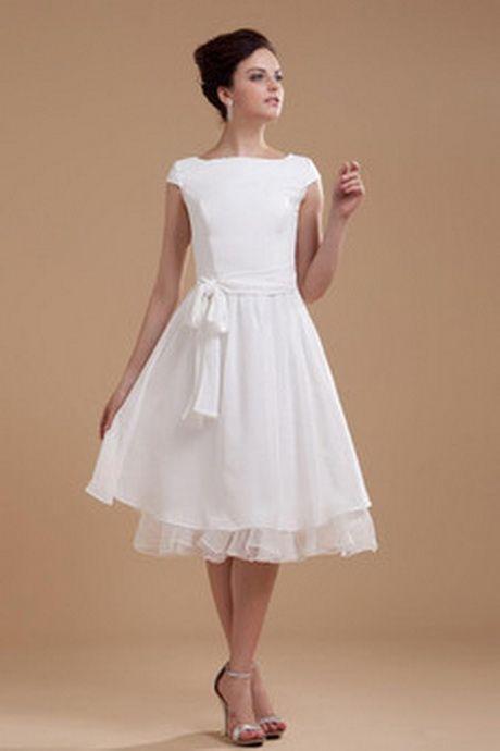 Brautkleid schlicht kurz | Brautkleid schlicht, Kleid ...