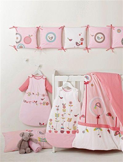 bettumrandung 39 flora 39 aus baumwolle rosa baby pinterest baby bett und n hen f r kinder. Black Bedroom Furniture Sets. Home Design Ideas