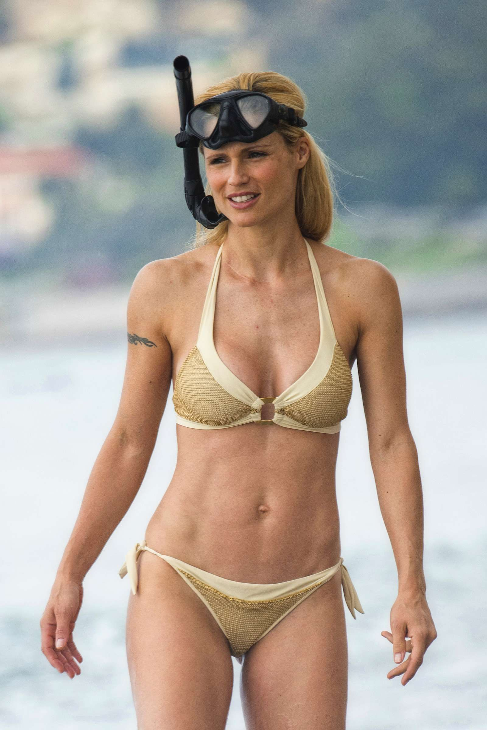 Celebrity Michelle Hunziker nude (56 foto and video), Topless, Paparazzi, Instagram, butt 2006