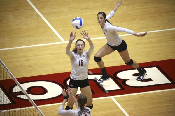Women S Volleyball Ohio State Rides Wave After Win At Nebraska Women Volleyball Ohio State Ohio State Buckeyes Football