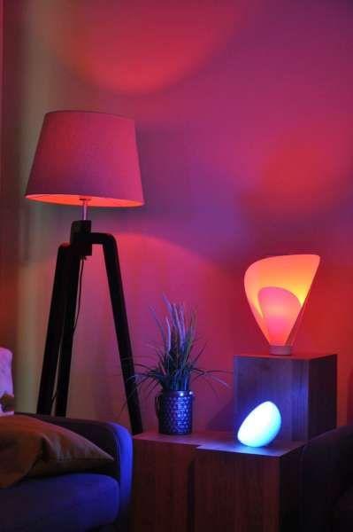 So Schon Sieht Das Licht Der Hue Lampen Im Wohnzimmer Aus Steuere In Der App Deine Beleuchtun Licht Und Raum Haus Innenarchitektur Asthetisches Schlafzimmer