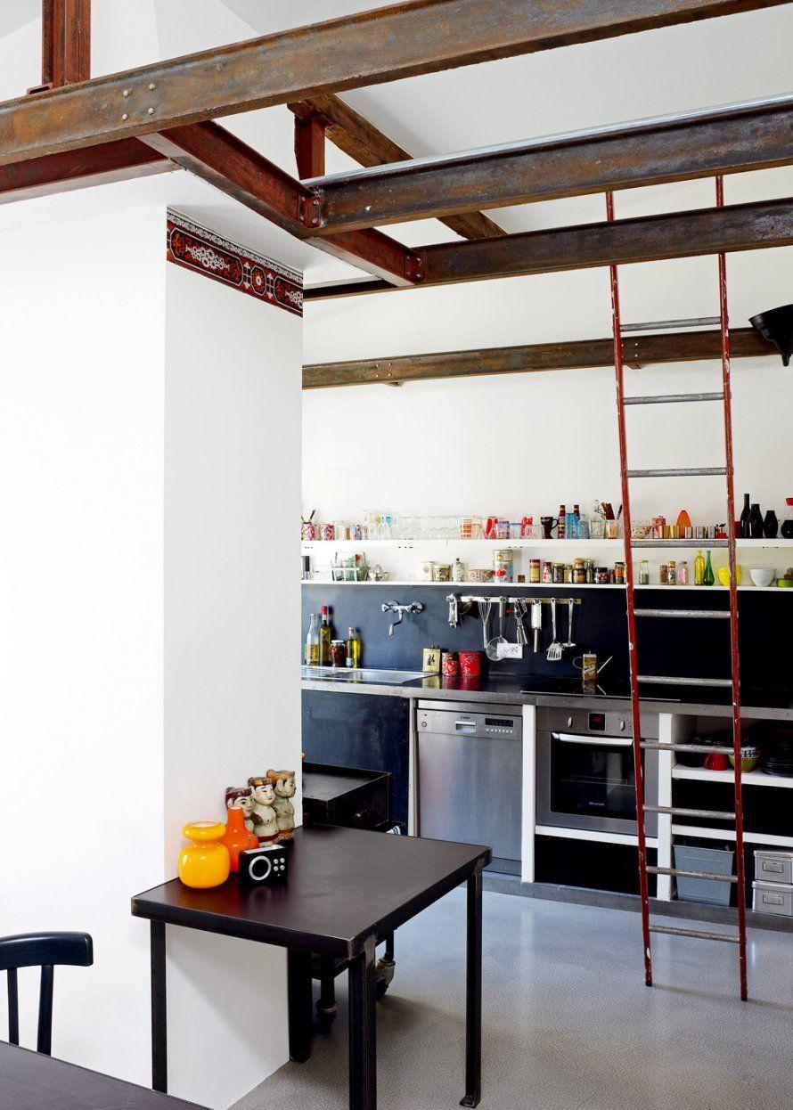 http://www.marieclairemaison.com/photo/302237/16/une-cuisine-simple-et-tres-organisee,2570192