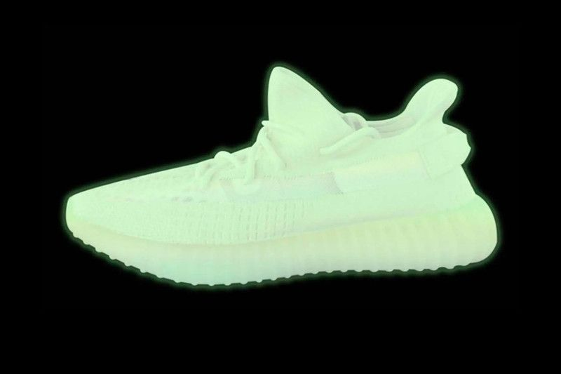size 40 17a98 5faaf Glow-in-the-Dark adidas YEEZY BOOST 350 v2 Expected to Release Next