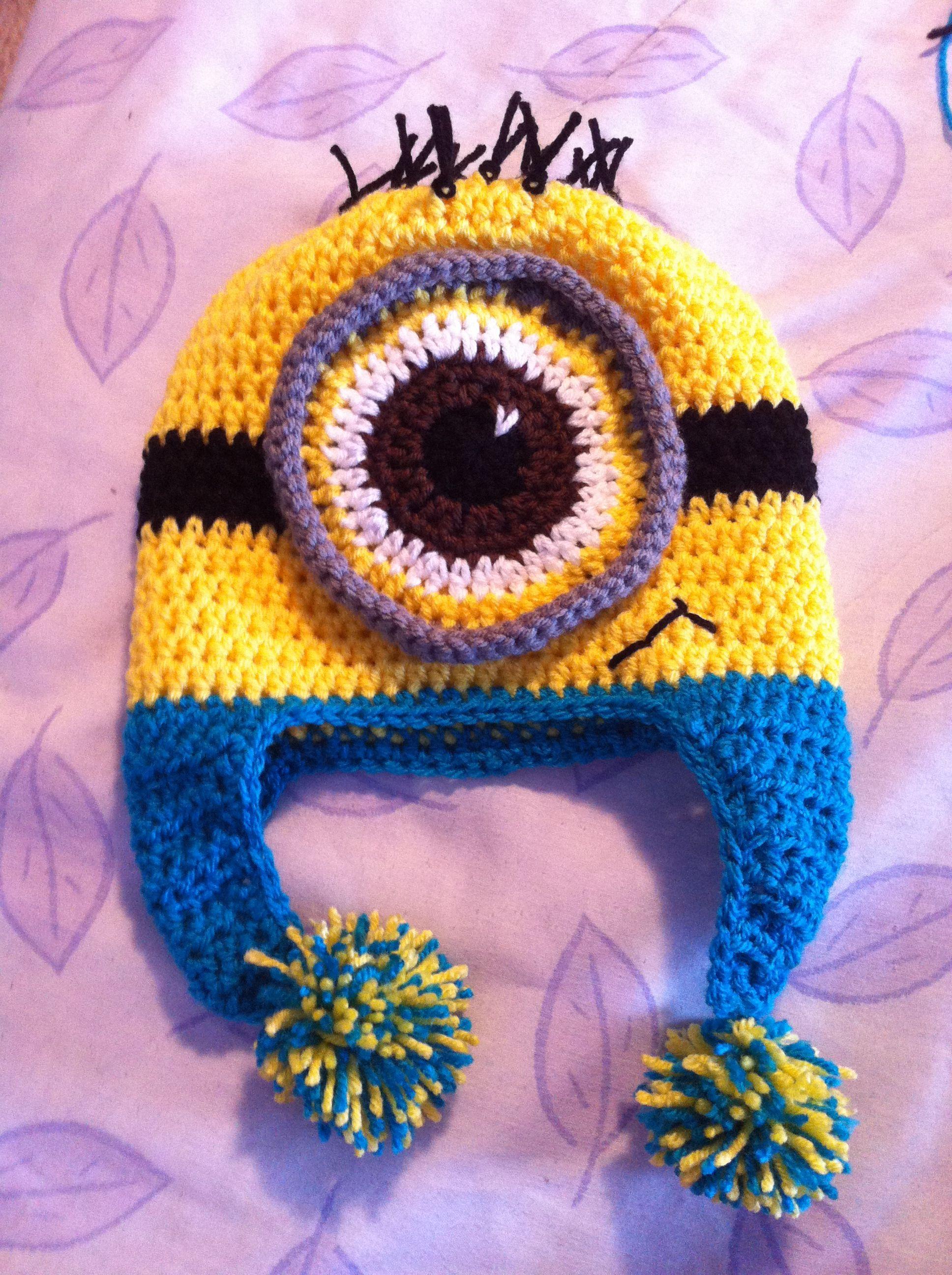 One eyed Minion with Pom poms Crochet hat pattern