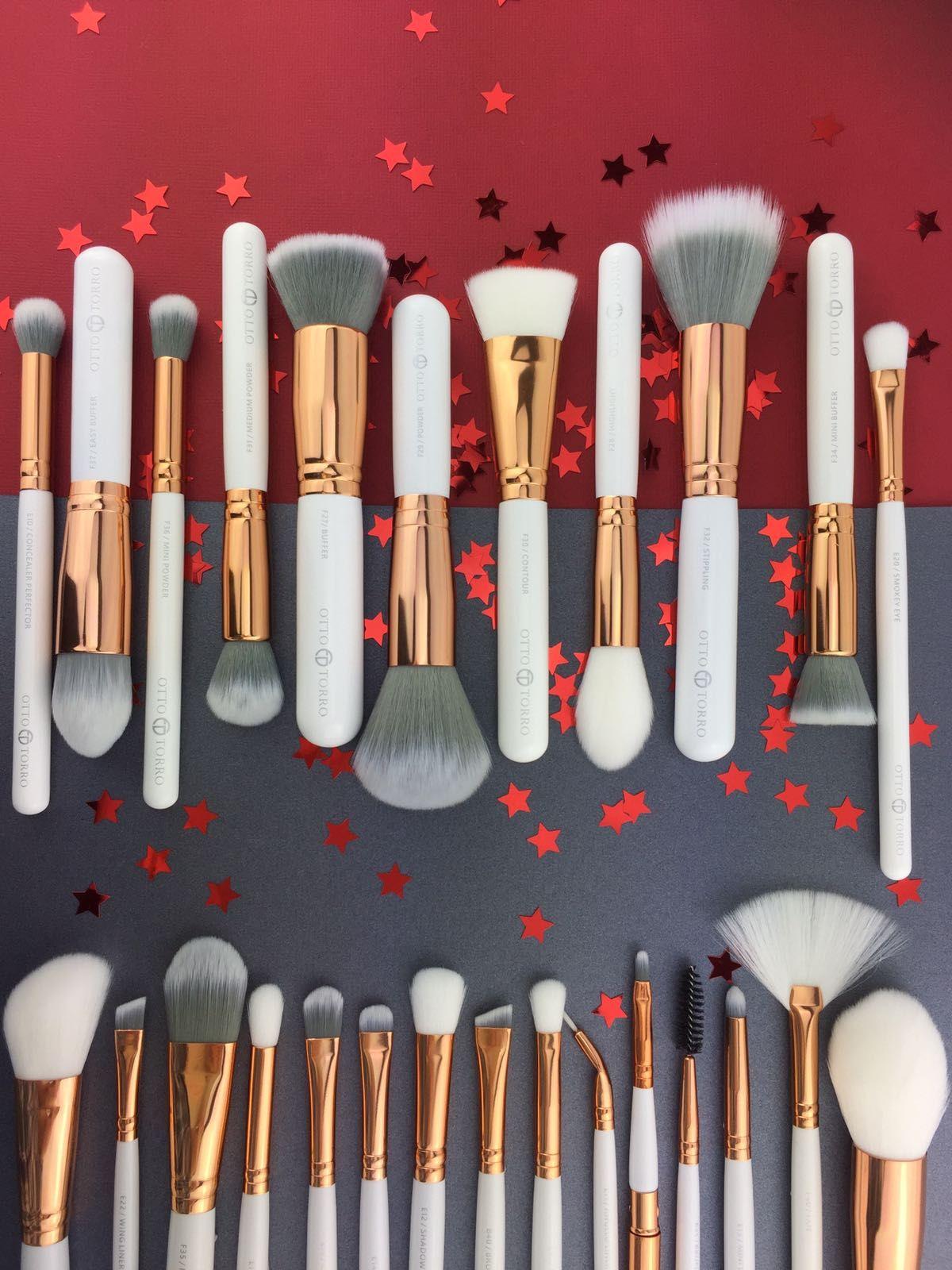 Pandora Cosmetic Bag Rose gold brushes, Makeup brush set