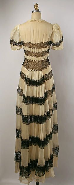 Dinner dress Design House: Copy of House of Paquin (French, 1891–1956) Date: ca. 1936 Culture: American Medium: cotton