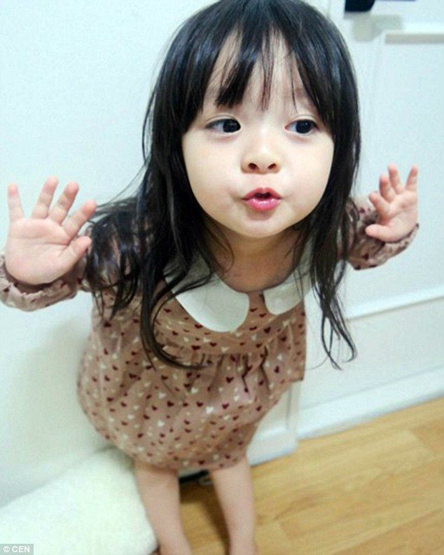 This Three Year Old Has More Instagram Fans Than You Ulzzang Kids Cute Asian Babies Asian Kids