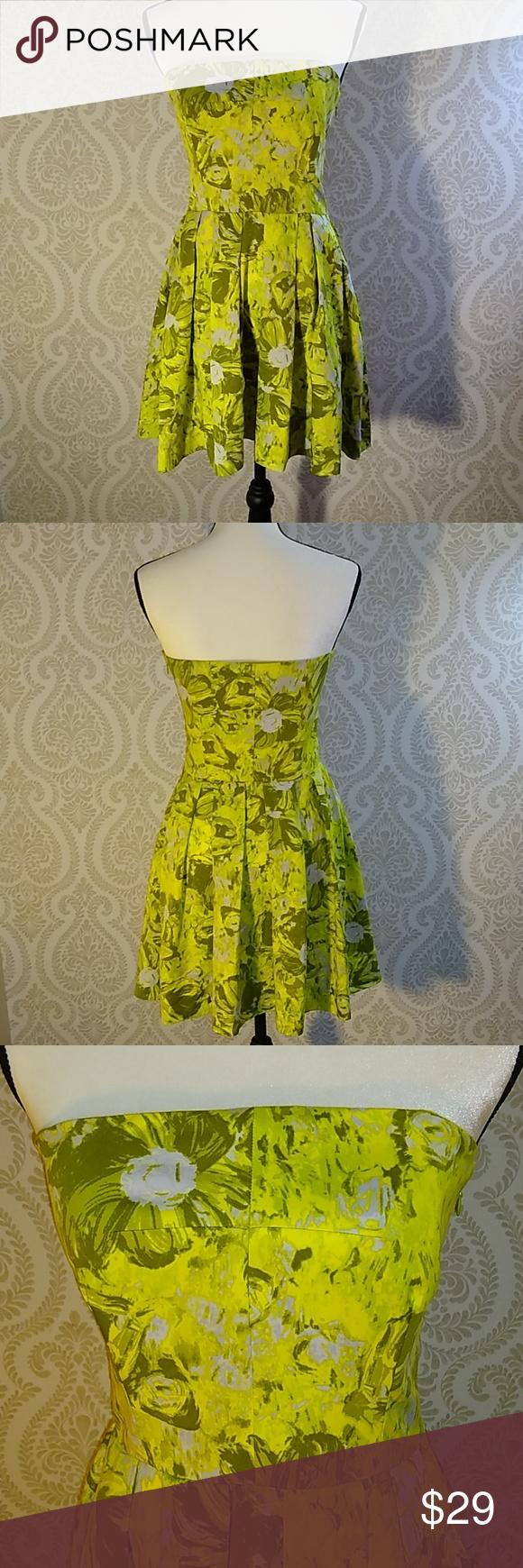 Season 5 Yellow Dress Rachel Green Outfits Rachel Green Style Friends Rachel Outfits [ 1080 x 1920 Pixel ]