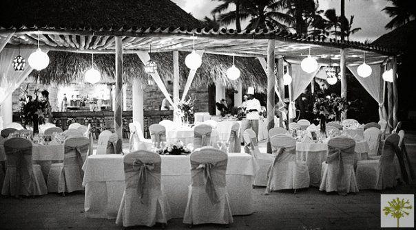 Wet Bar at Majestic Colonial Punta Cana Destination Weddings