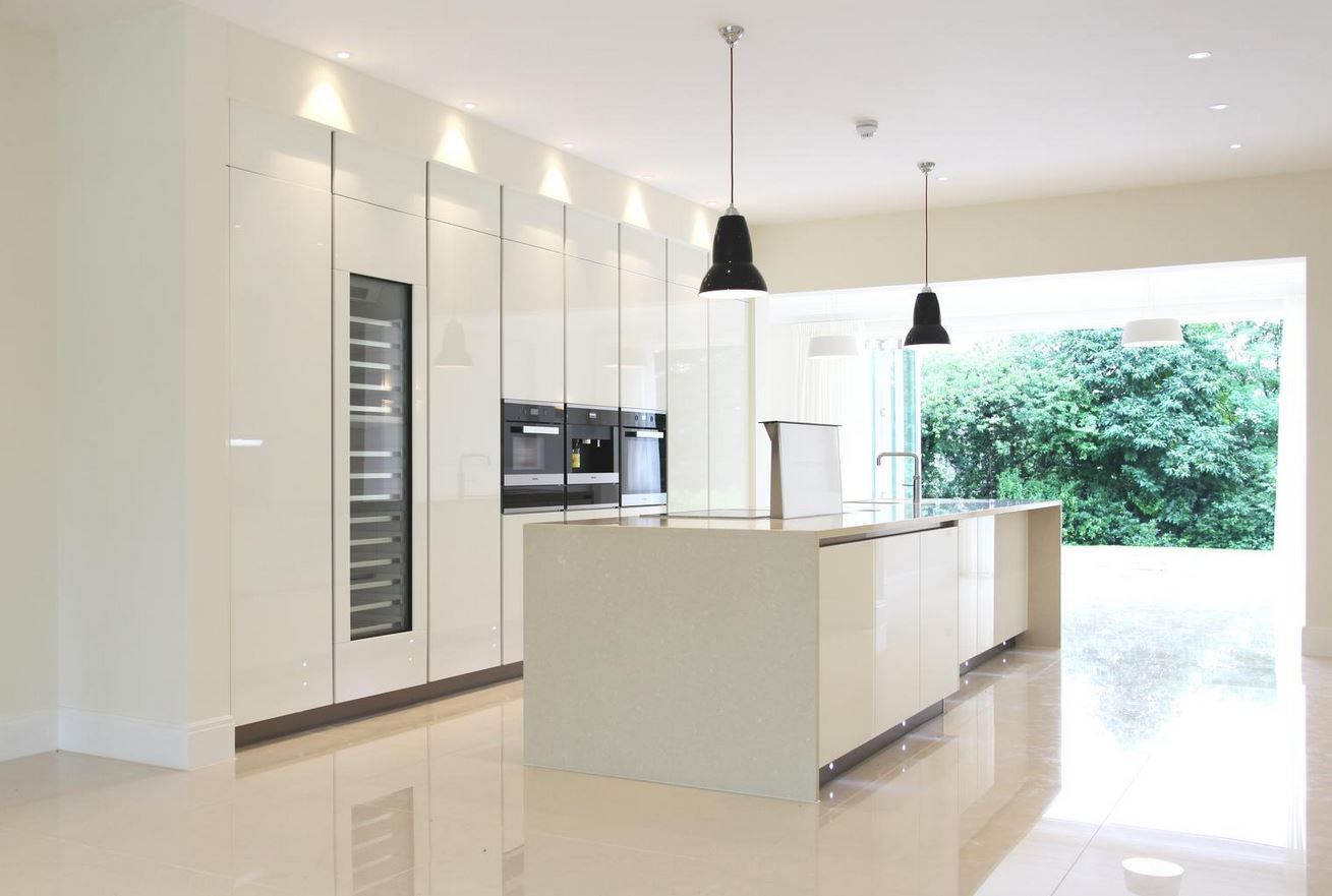 Designed By Monita Cheung Modern Kitchen White Gloss Lacquer Units Floor To Ceiling Kitchen White Modern Kitchen Kitchen Unit Designs Modern Kitchen Units
