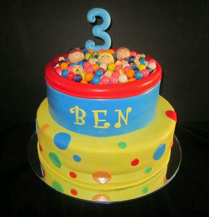 Cake With Ball Design : Ball pit cake Fun cake designs Pinterest Ball pits ...