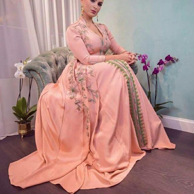 23d7dbeecc9 Votre magazine dédiée aux tenues traditionnelles du Maroc et boutique vente  caftan Marocain   takchita en ligne   www.caftan-fatimazahra.co.