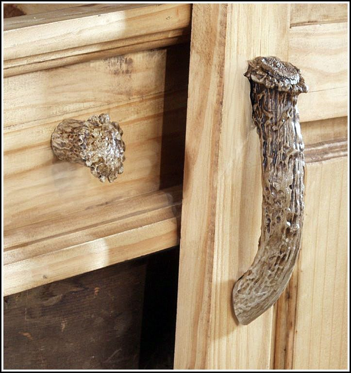 The Tough Looks Of The Whitetail Antler Cabinet Knob U2013 10 Pieces Lends It  The Ability
