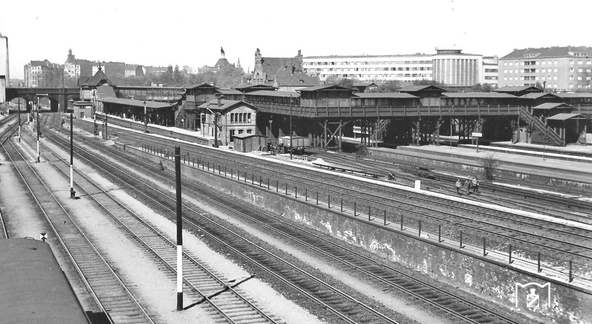 1935 Bahnhof BerlinGesundbrunnen BERLIN MON AMOUR