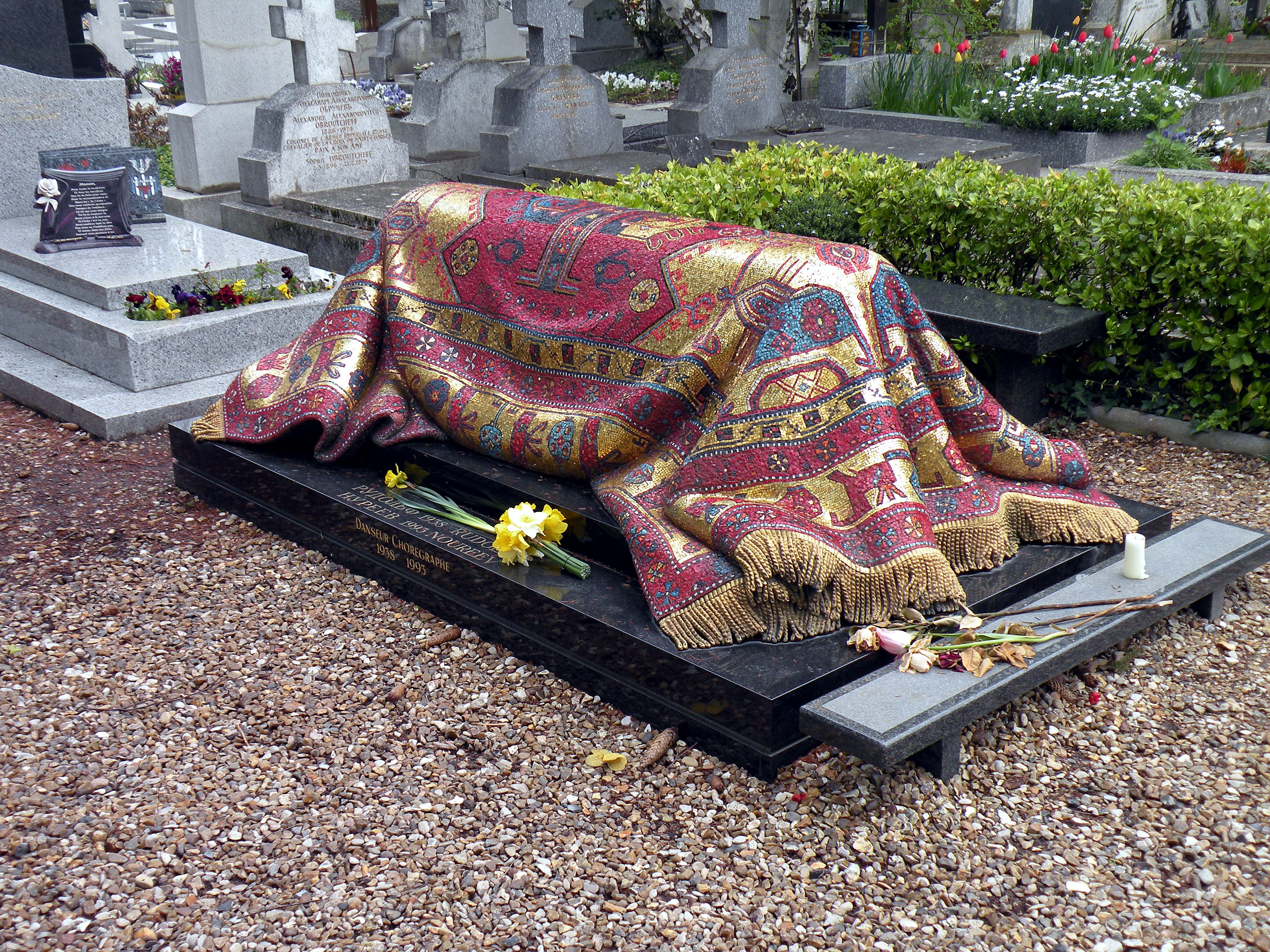 Resultado de imagen para tumba de nureyev