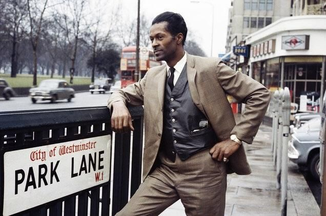 Chuck Berry Park Lane in London 1965.