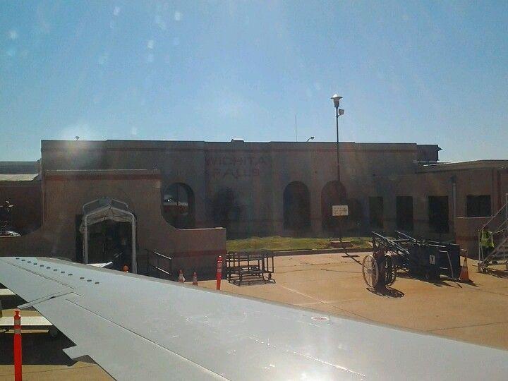 Wichita Falls Municipal Airport (SPS) in Wichita Falls, TX