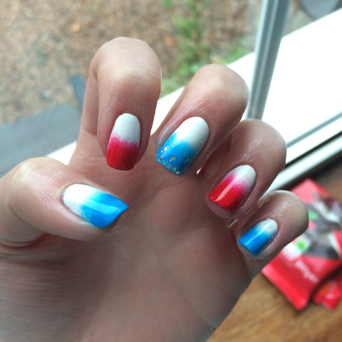 French ombré blue red sponge nail art manicure | nails | Pinterest ...