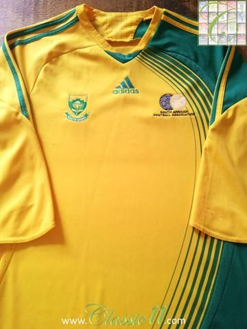 Relive South Africa's 2008/2009 international season with this original Adidas home football shirt.