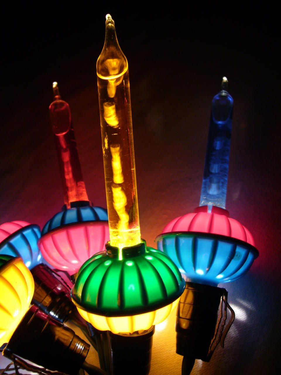 vintage bubble lights. | Bubble christmas lights, Bubble ...