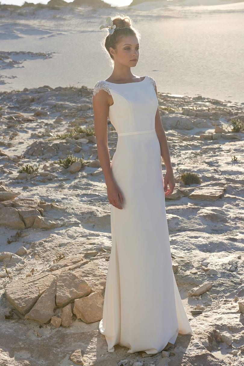 stunning simple wedding dresses white wedding dresses