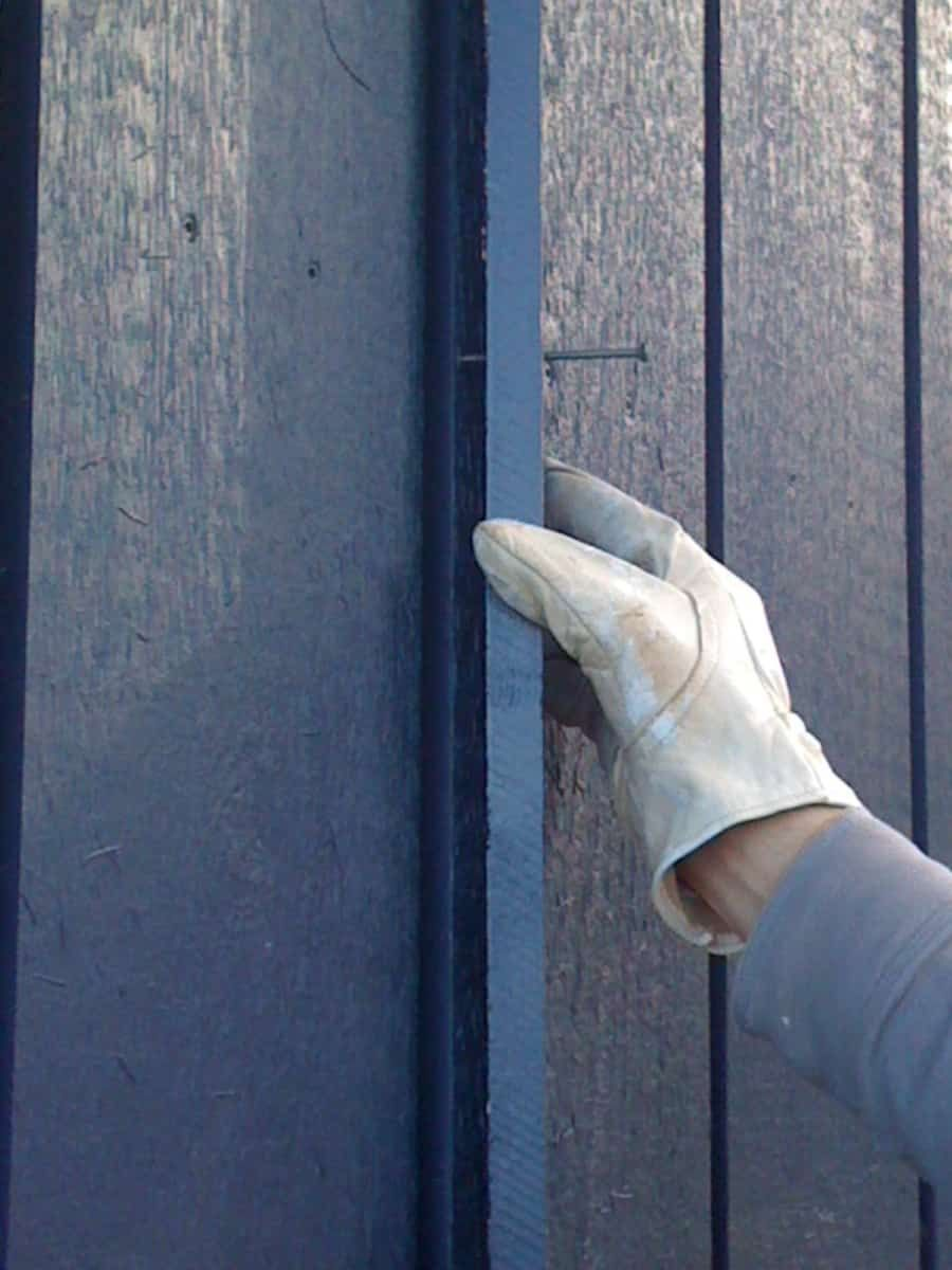 Battens Are Wide Enough To Cover Gaps Between Boards And Allow For Board Expansion And Contraction Board And Batten Siding Board And Batten Batten