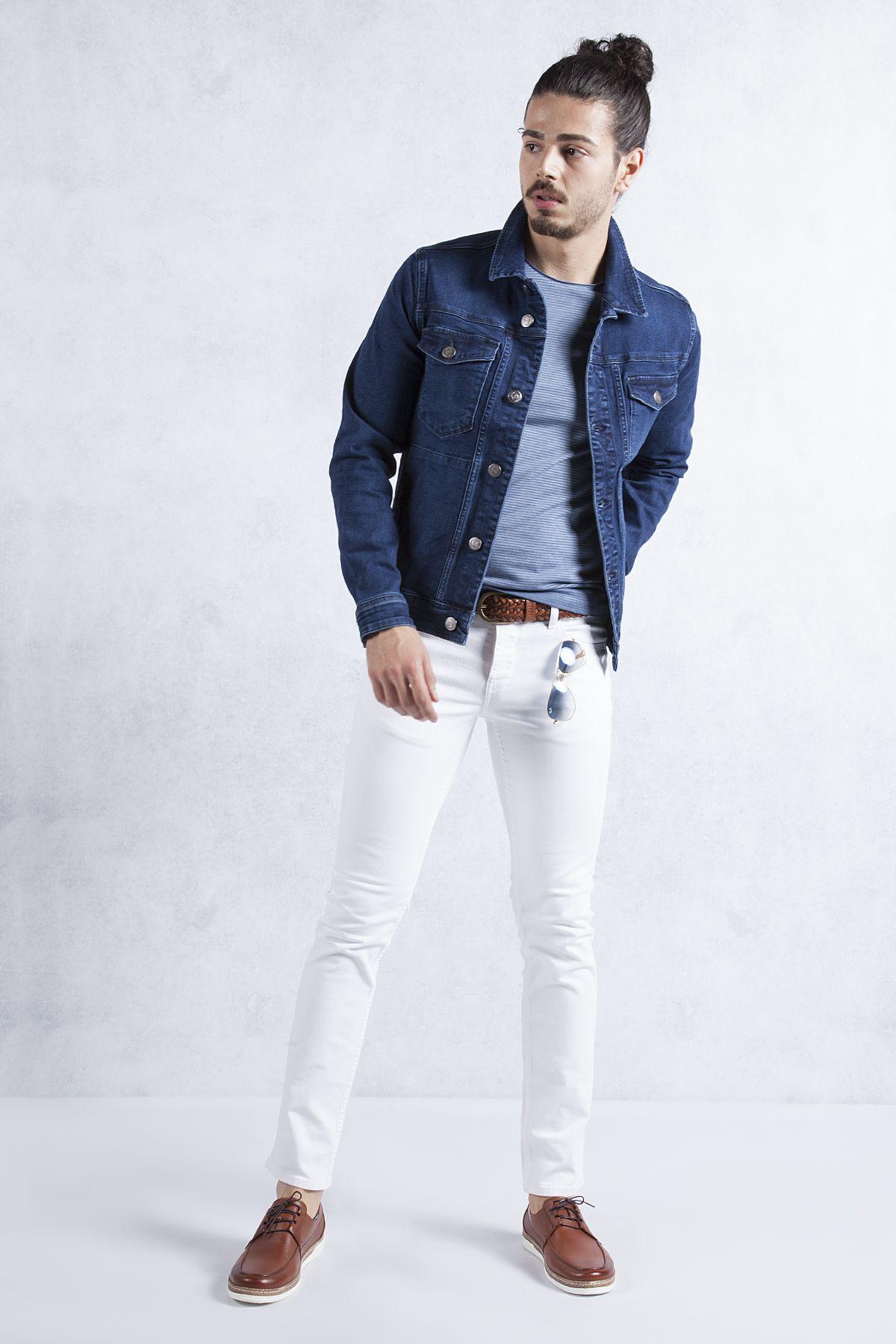 Mavi Kot Mont Beyaz Pantolon Kombini Beyaz Slim Fit Jean Ile Mavi Ve Kahverenginin Uyumunu Gozler Onune Seriyorum Beyaz Jean I Mavi Mont Kotlar Pantolon