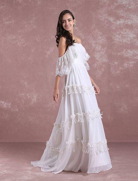 Boho Robes de mariée 2019 Summer Lace Chiffon Beach Robe de mariée Off The Shoulder Back Cross Tiered Tassels Robe de mariée avec train Milanoo