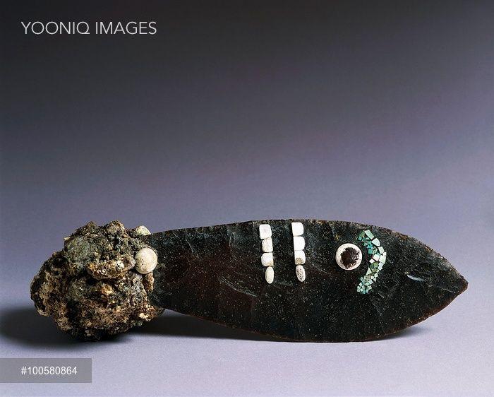 Yooniq images - Aztec civilization, Mexico, 15th century. Ceremonial knife.