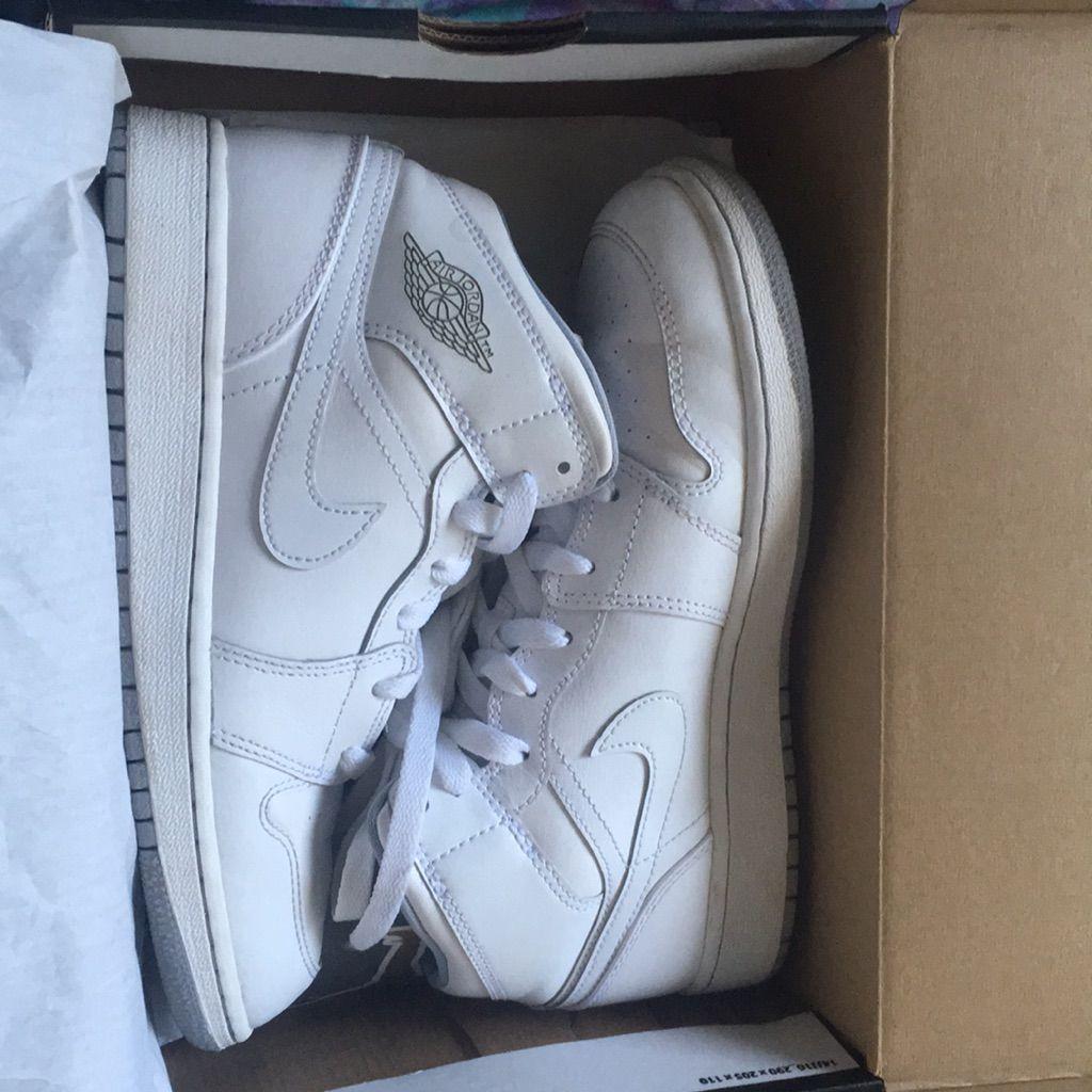 buy popular 108db 26a6a Jordan Shoes | Air Jordans | Color: White | Size: 5 in 2019 ...