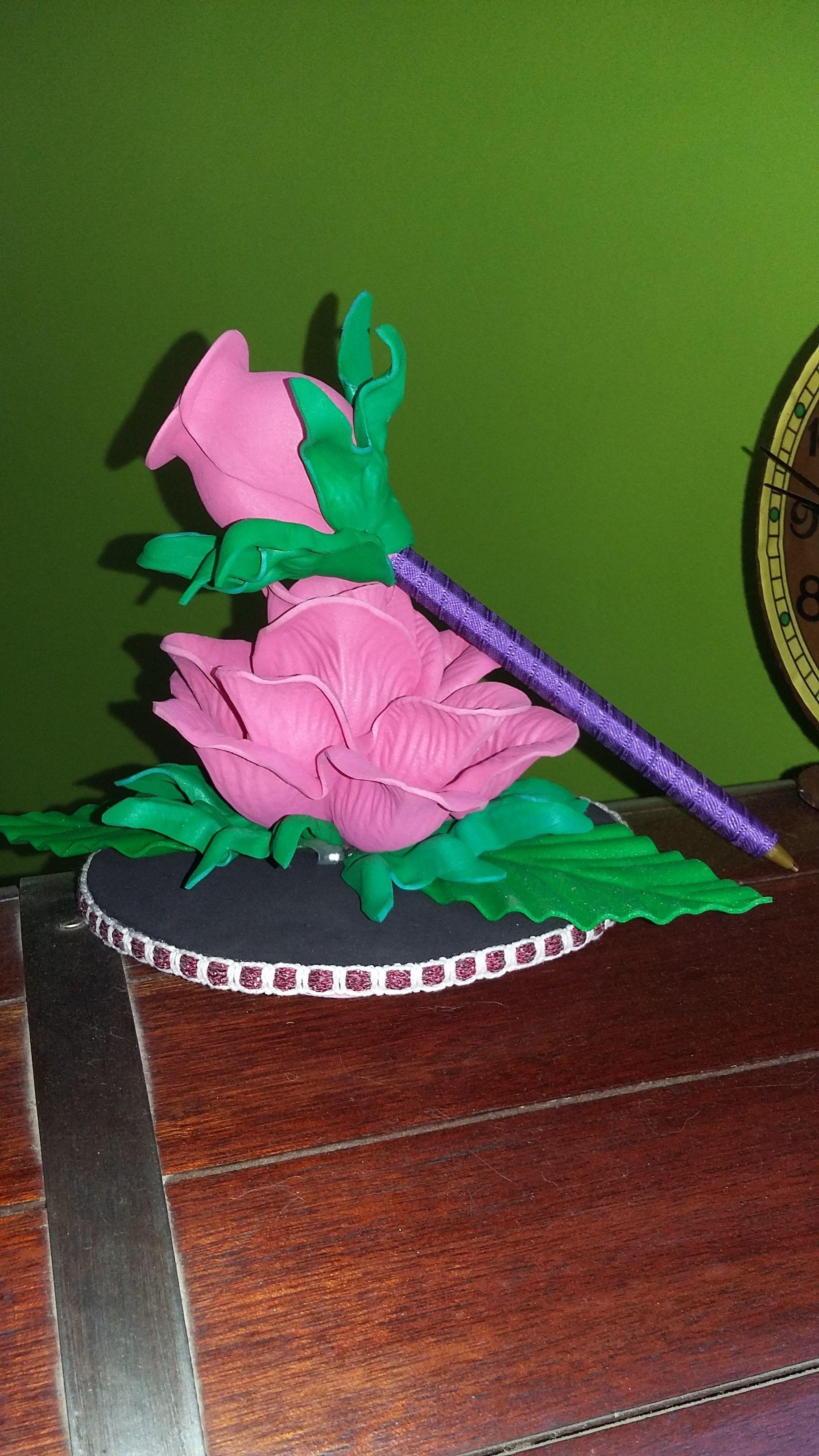 e239bef922f Rosa porta lapicera