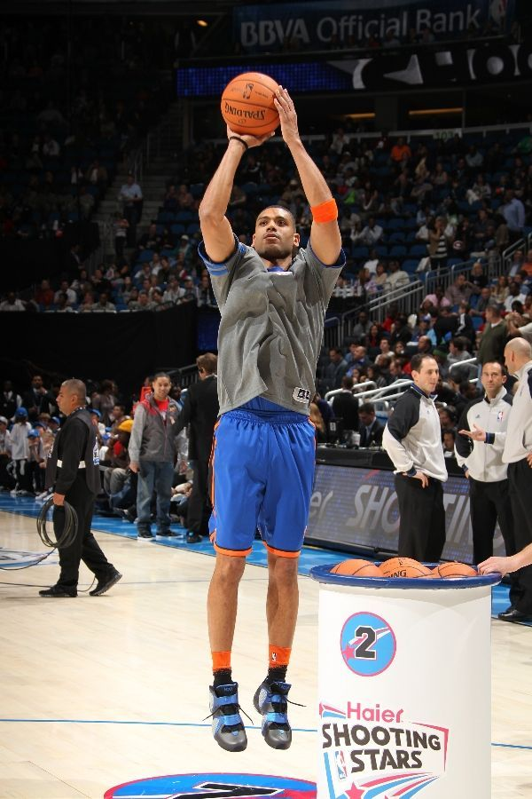 Allan Houston wearing #Nike Air Flightposite III #NBA #Basketball