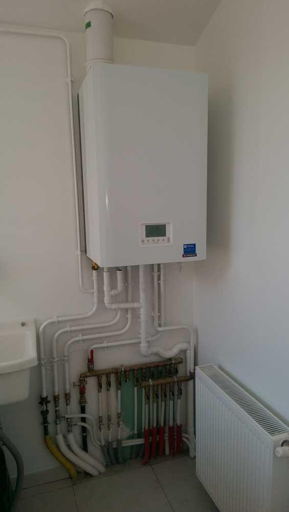 Chaudi re frisquet hydromotrix condensation am nagement d 39 une salle de bains pinterest - Condensation salle de bain ...