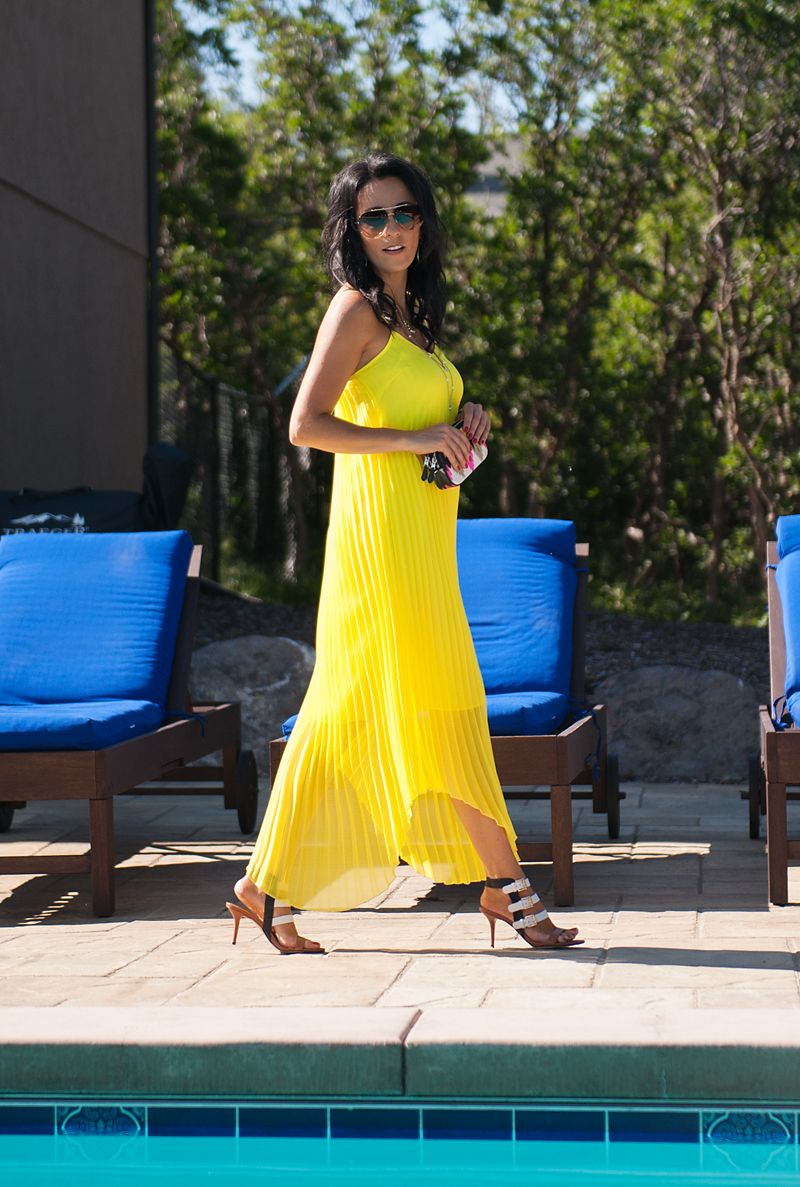 This pleated yellow dress is so perfect for summer the michael kors