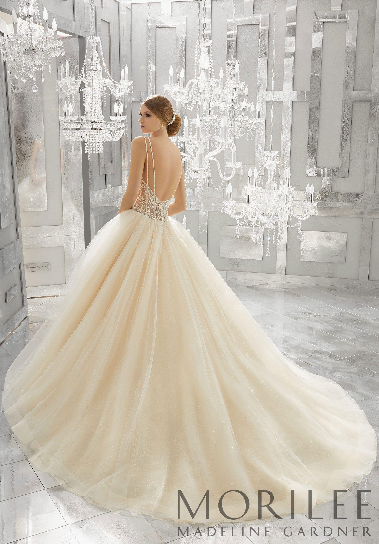 1950s Inspired Wedding Dresses