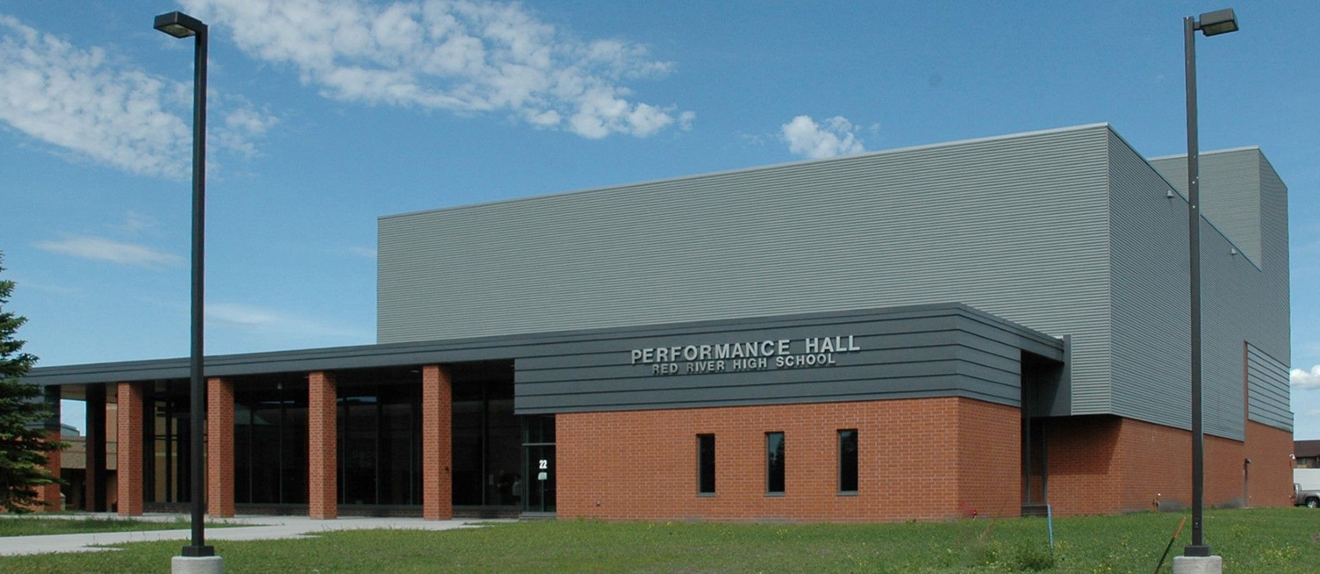 Car Dealerships In Grand Forks Nd >> Precast Concrete Red River High School Performance Hall