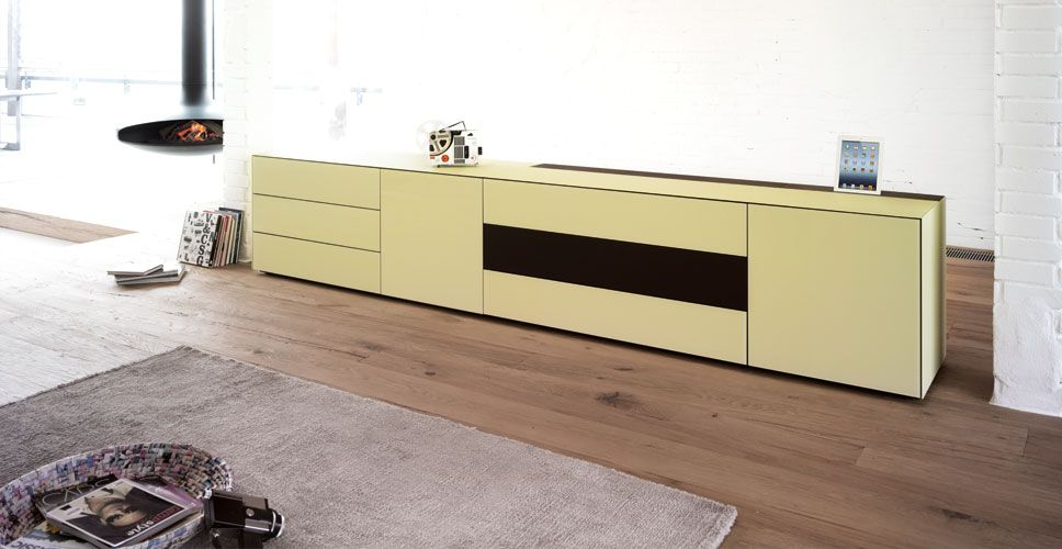 Spectral TV furniture - Ameno Features manufacturers-furniture - tv im badezimmer