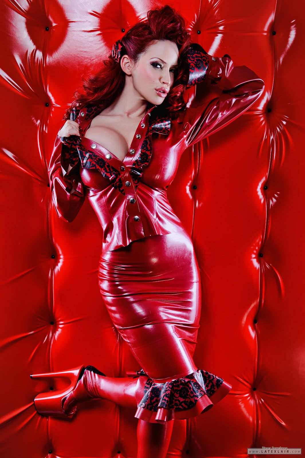hot sexy babes nude in latex clothes