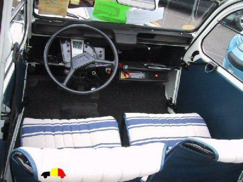 2cv France 3 Et Remorque Jpg Citroen Traction Avant Citroen Car Vintage Cars