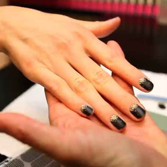 Get A Perfect Nail Art Decal Manicure At Home Nail Art Stickers