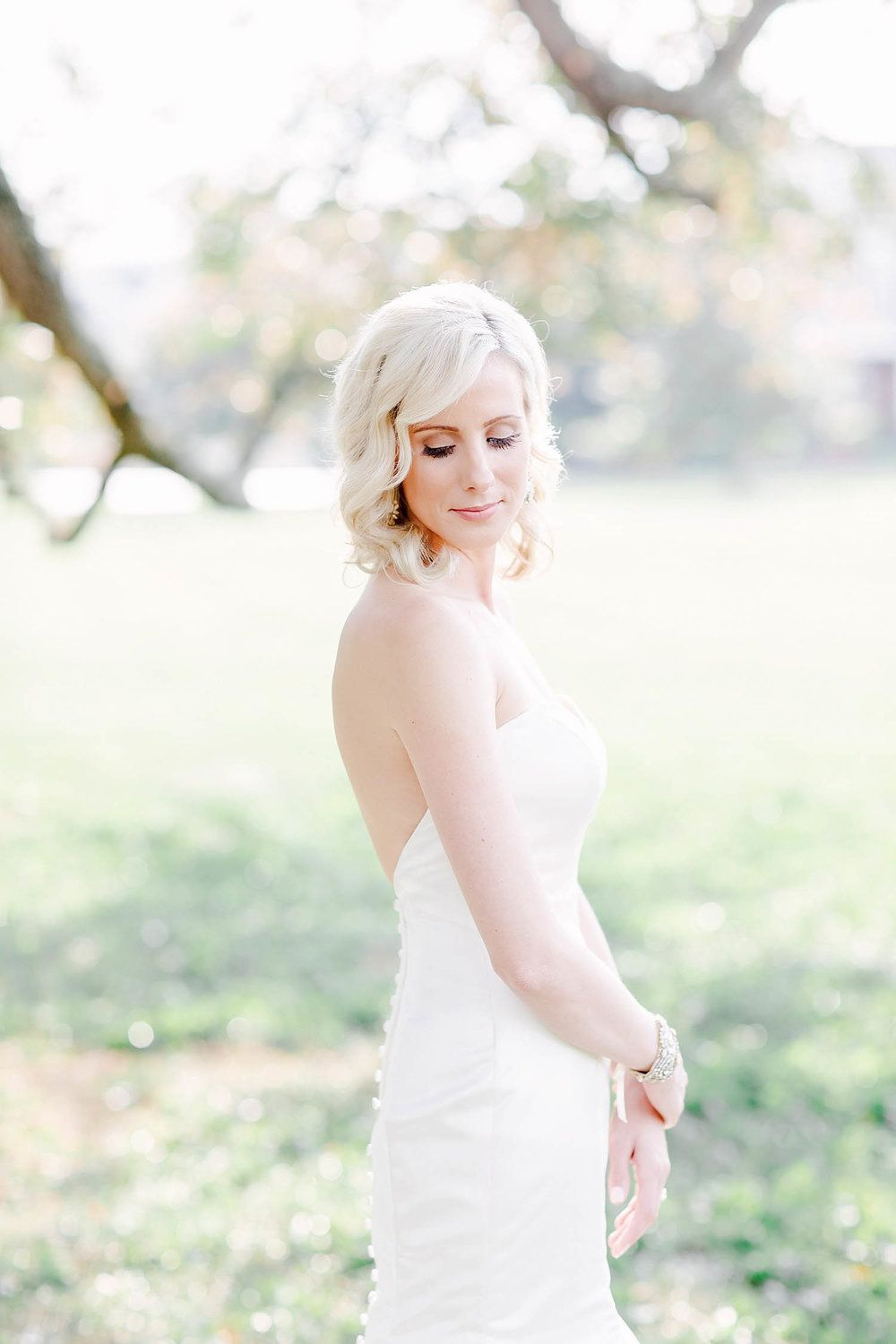 Chic Bridal Hairstyle All down Side Part Morgan Worley Photography ...