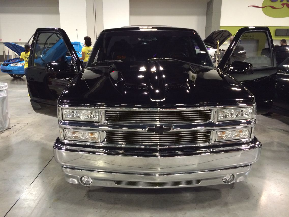 1500 Chrome Front Custom Chevy Trucks Chevy Trucks Pickup Trucks