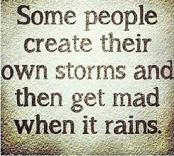 Quotes Sayings Funny People Quotes Selfish People Quotes Families False Friends Quotes