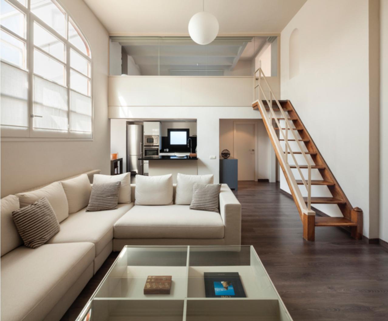 Cocina salon escalera moderno decoracion via for Escaleras de salon