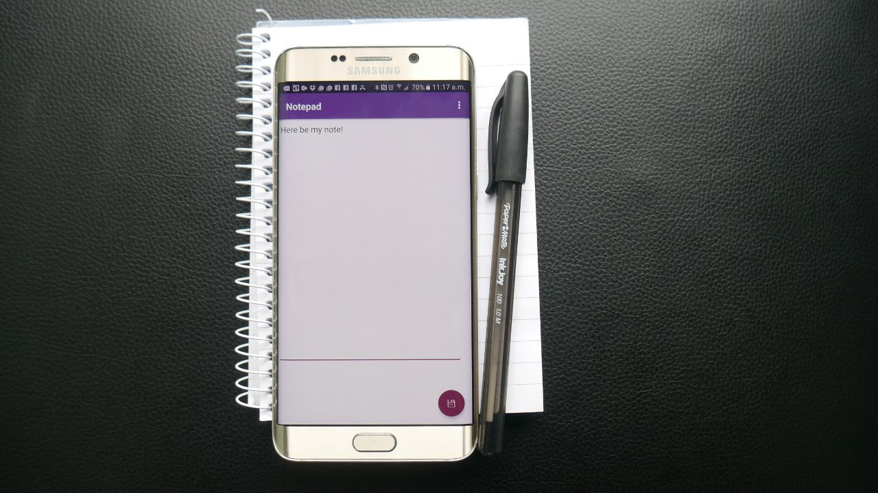 How to make a simple notepad app in Android Studio