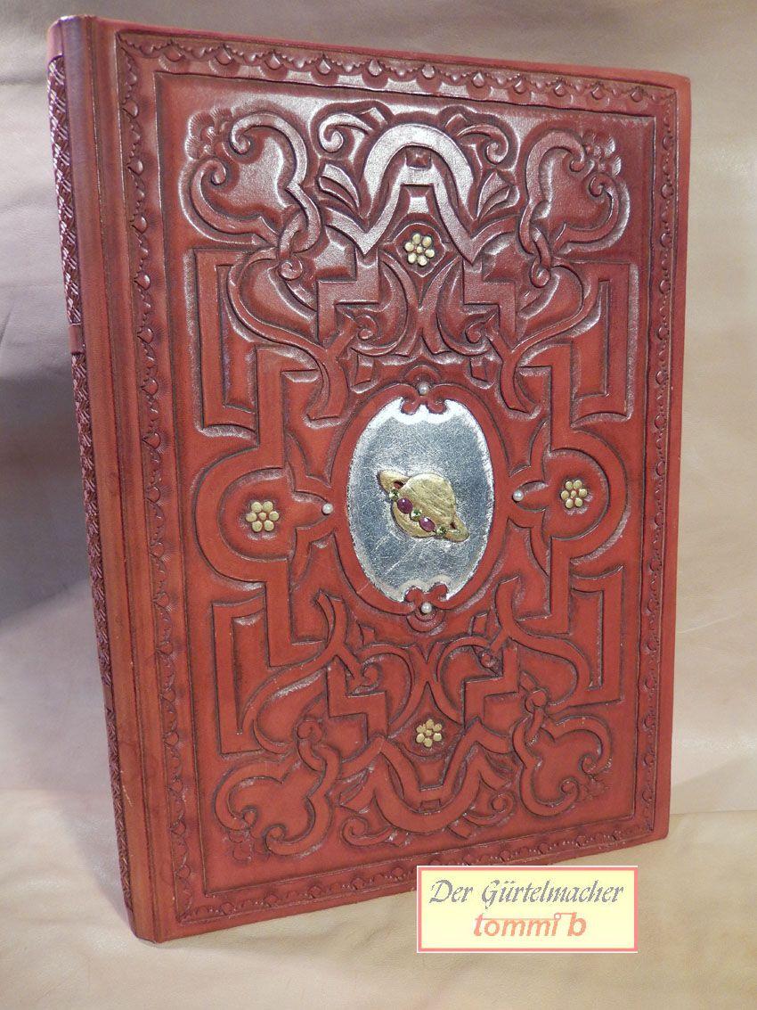 handpunzierter Bucheinband mit Blattgold und Blattsilber, Rubinen und Citrinen