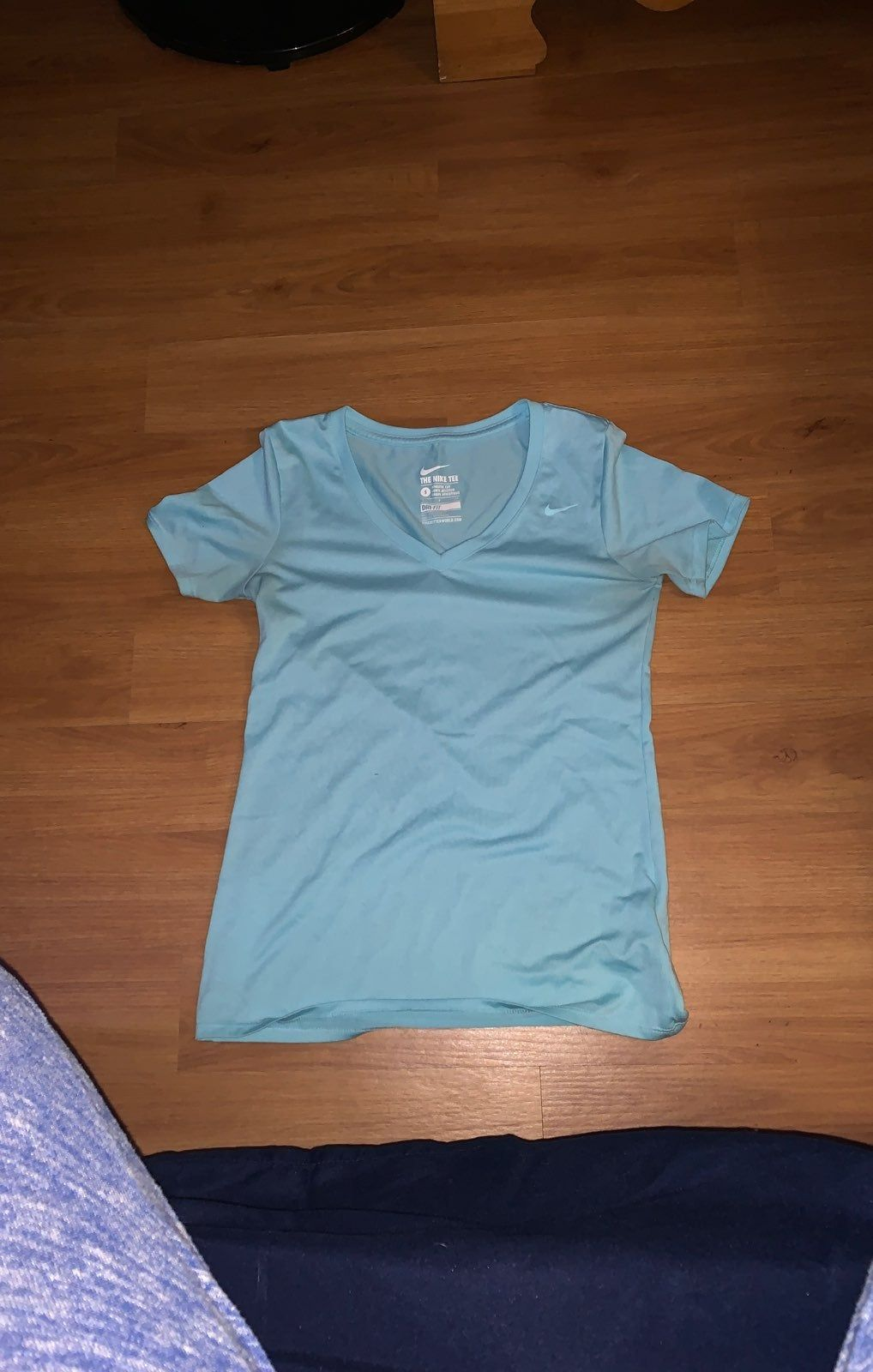 Light Ice Blue Nike T Shirt Dri Fit And Has Only Been Worn Twice Nike Tshirt Mens Tops Nike T