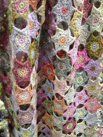 Le Sternenhimmel digard scarf at scarlet jones melbourne häkeln crochet