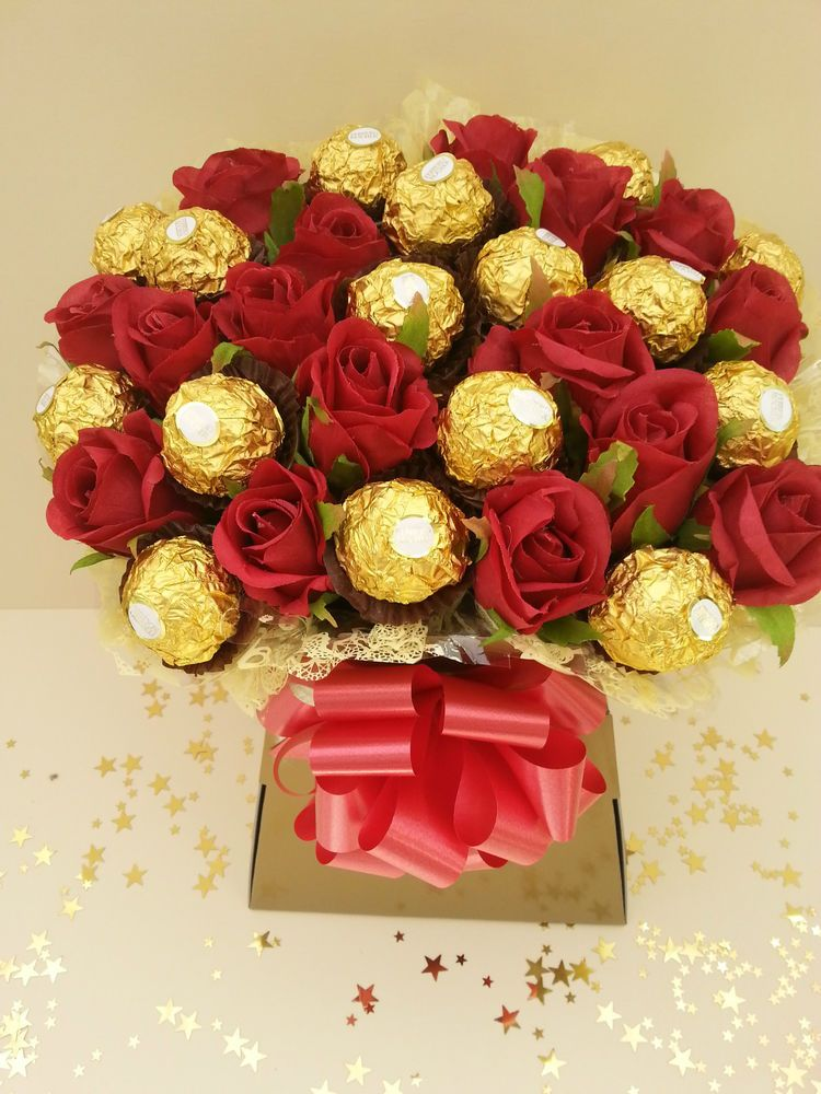 Ferrero Rocher Chocolate Red Roses Flower Bouquet Gold Gift Hamper ...