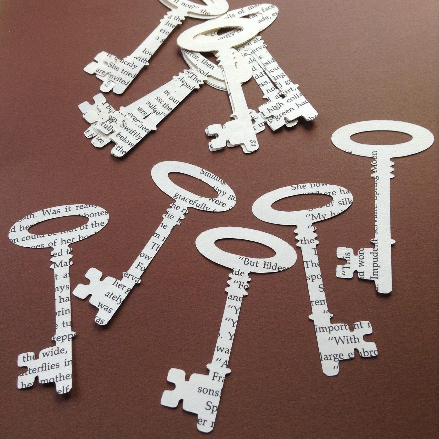 Skeleton Keys Confetti Book Page Scrapbook Embellishment Table Scatter  Scrapbook Confetti Recycled Wedding Decoration Sherlock Holmes